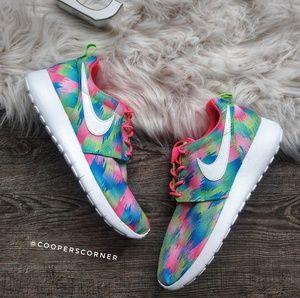 NEW Nike Roshe One Premium